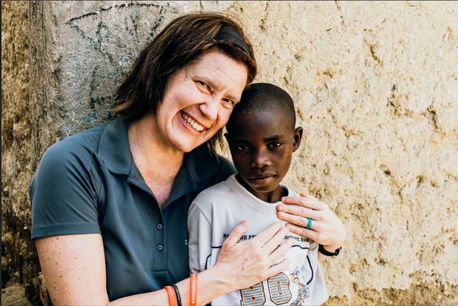 Sarah hugging Belito, who survived thanks to our malnutrition clinic.